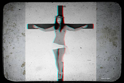 Woman Crucified Photograph - Anaglyph Asian Female Jesus by Ramon Martinez