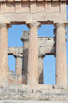 Photograph - Ancient Doric Columns by Paul Cowan
