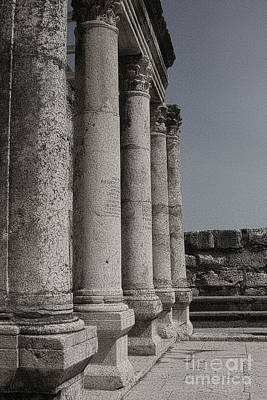 Photograph - Ancient Synagogue by Tom Griffithe