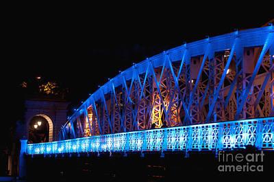 Night Scenes Photograph - Anderson Bridge by Ivy Ho