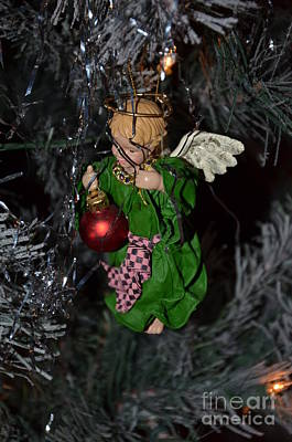 Photograph - Angel Tree 4 by Bob Sample