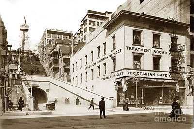 Photograph - Angel's Flight Railway Los Angeles California  Circa 1908 by California Views Mr Pat Hathaway Archives