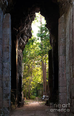 Photograph - Angkor Thom East Gate 04 by Rick Piper Photography