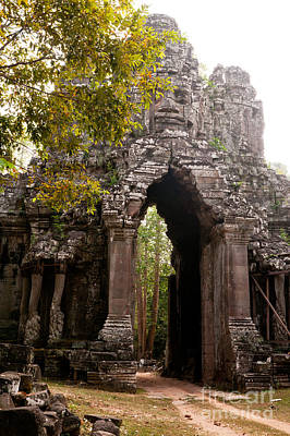 Photograph - Angkor Thom East Gate 05 by Rick Piper Photography