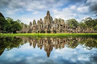 Angkor Wat With Reflextion Art Print