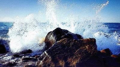 Majestic Seascapes Painting - Angry Sea by Florian Rodarte