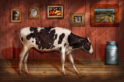 Room Photograph - Animal - The Cow by Mike Savad