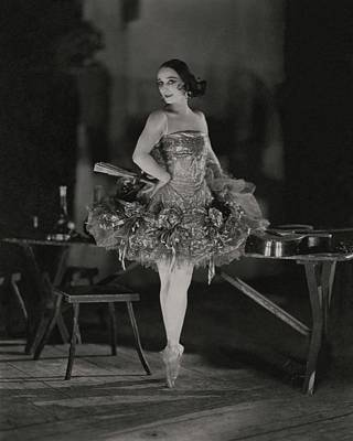 Photograph - Anna Pavlova In Her Ballet Costume by James Abbe