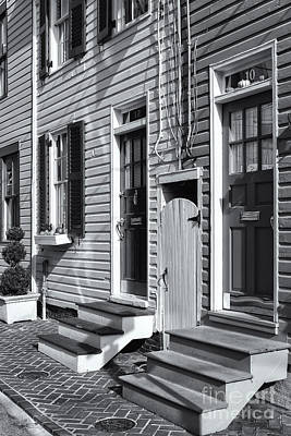 Photograph - Annapolis Historic Homes II by Clarence Holmes
