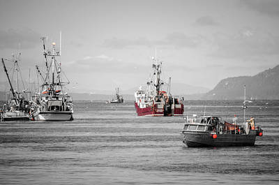Photograph - Annual Tradition Herring Season by Roxy Hurtubise
