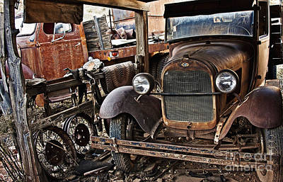 Photograph - Another Rusty Old Truck by Lee Craig