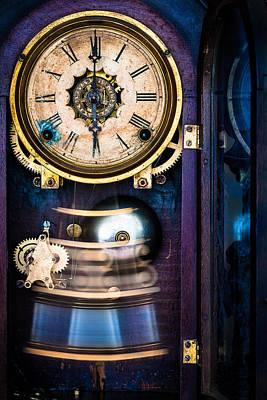 Photograph - Ansonia Clock by Edgar Laureano