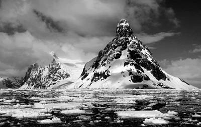 Photograph - Antarctic No. 15a by Joe Bonita