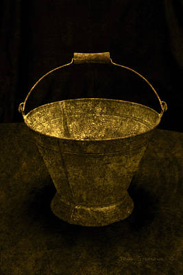 Photograph - Antique Bucket by John Stephens