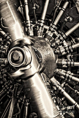 Spinning Photograph - Antique Plane Engine by Olivier Le Queinec