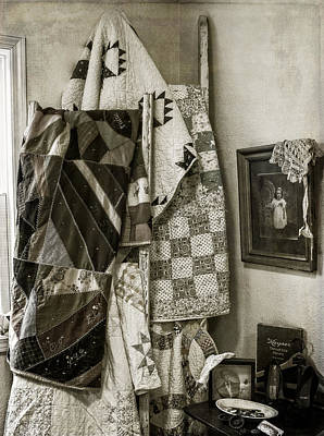 Photograph - Antique Quilts by Wayne Meyer