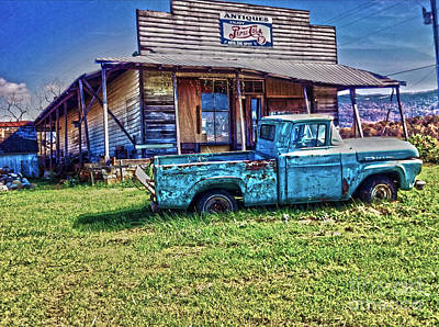 Photograph - Antique Truck by Janice Spivey