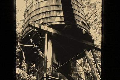 Photograph - Antique Water Tank by Pat Knieff