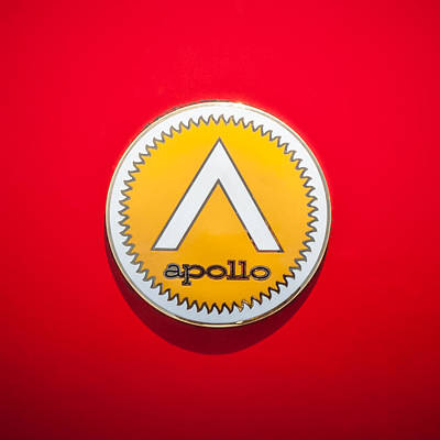 Photograph - Apollo 5000 Gt Emblem -0304c by Jill Reger