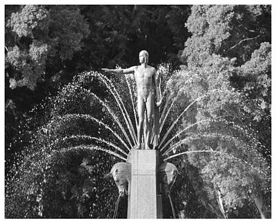 Photograph - Apollo Of Hyde Park by Frank Wickham