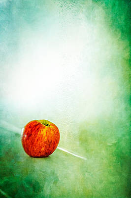 Photograph - Apple On The Mantle by YoPedro
