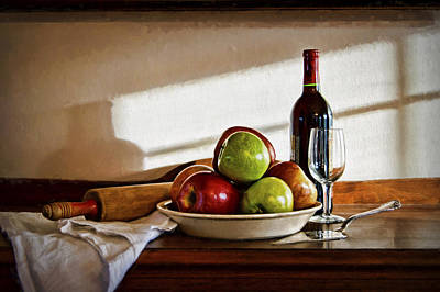 Table Wine Photograph - Apple Pie by Cricket Hackmann