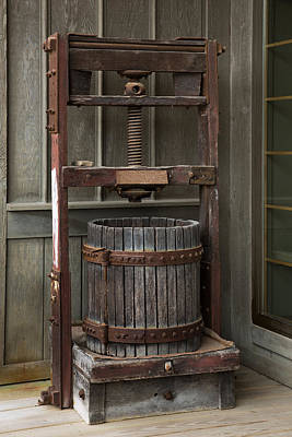 Photograph - Apple Press by Dale Kincaid
