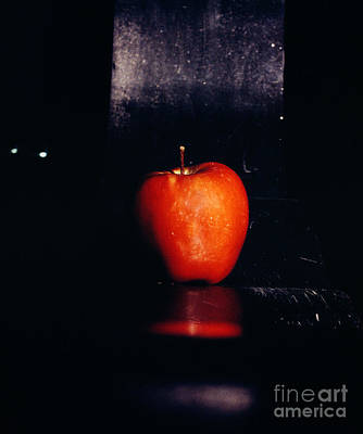 35 Mm Film Photograph - Seattle Apple by Thomas Carroll