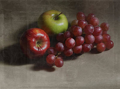 Photograph - Apples And Grapes by Kandy Hurley