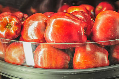 Photograph - Apples On Shelf At The Supermarket On Display by Alex Grichenko