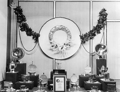 Display Window Photograph - Appliances Window Display by Underwood Archives