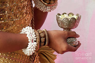 Photograph - Apsara Dancer 01 by Rick Piper Photography
