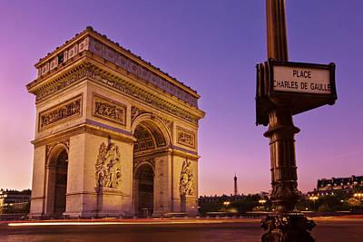 Photograph - Arc De Triomphe At Dawn / Paris by Barry O Carroll