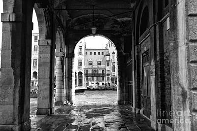 Photograph - Arch In Venice by John Rizzuto