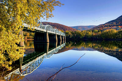Photograph - Arch Street Bridge In Autumn by Gene Walls