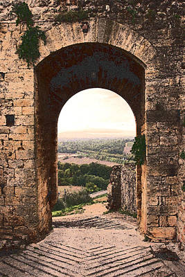 Photograph - Archway In Monteriggioni by Bryan Davies