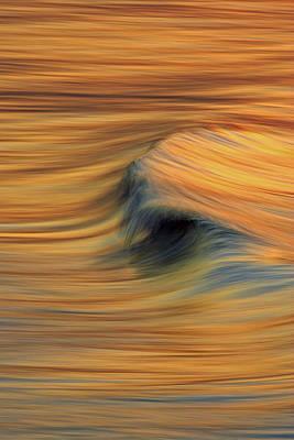 Photograph - Arcing Wave C6j7872 by David Orias