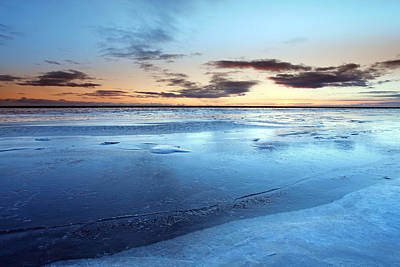 Royalty Free Images Photograph - Arctic Tundra by Ollie Taylor