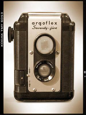 Argoflex 75 Art Print by Mike McGlothlen