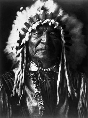 Sitting Bear Photograph - Arikara Chief, 1908 by Granger