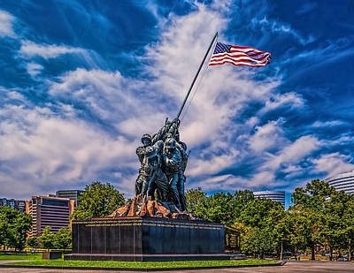 Photograph - Arlington Marine Memorial by Nick Zelinsky