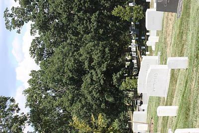 Grave Photograph - Arlington National Cemetery - 121237 by DC Photographer
