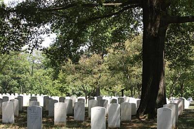 Grave Photograph - Arlington National Cemetery - 121244 by DC Photographer