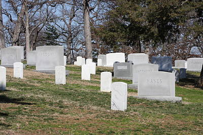 Grave Photograph - Arlington National Cemetery - 12126 by DC Photographer
