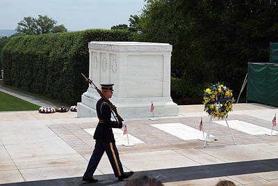 Honor Photograph - Arlington National Cemetery - Tomb Of The Unknown Soldier - 01133 by DC Photographer