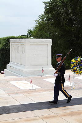 National Photograph - Arlington National Cemetery - Tomb Of The Unknown Soldier - 01134 by DC Photographer