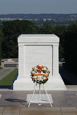 Arlington National Cemetery - Tomb Of The Unknown Soldier - 12121 Art Print