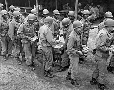 Army Chow Line Art Print by Underwood Archives