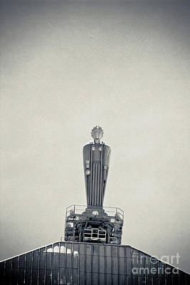 Art Deco Ceres Statue At The Board Of Trade Art Print by Linda Matlow