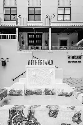 Netherland Photograph - Art Deco Detail Netherland South Beach Miami - Black And White by Ian Monk